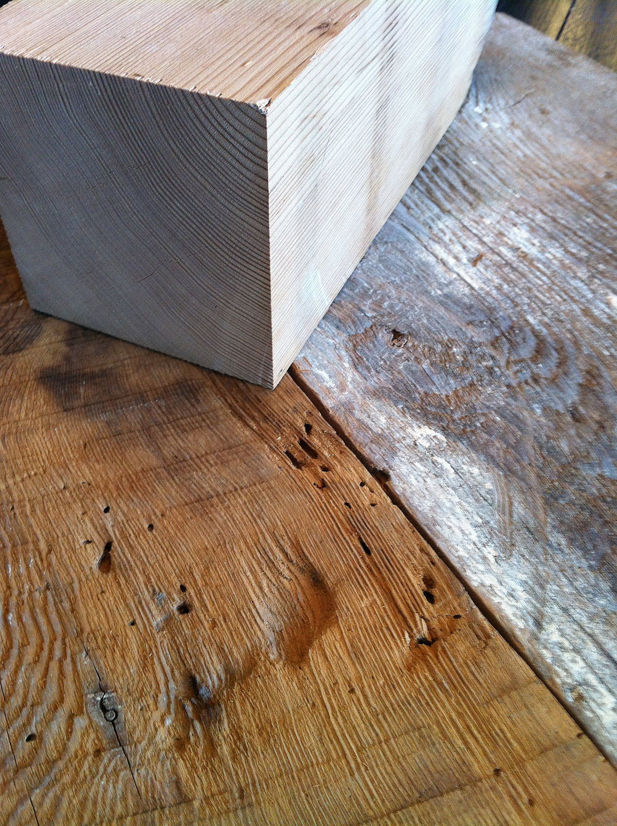 sylvie-hill-reclaimed-wood-table-ottawa